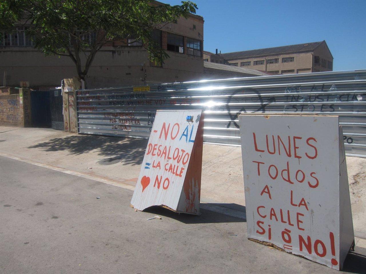Asentamiento de inmigrantes en una nave del Poblenou de Barcelona