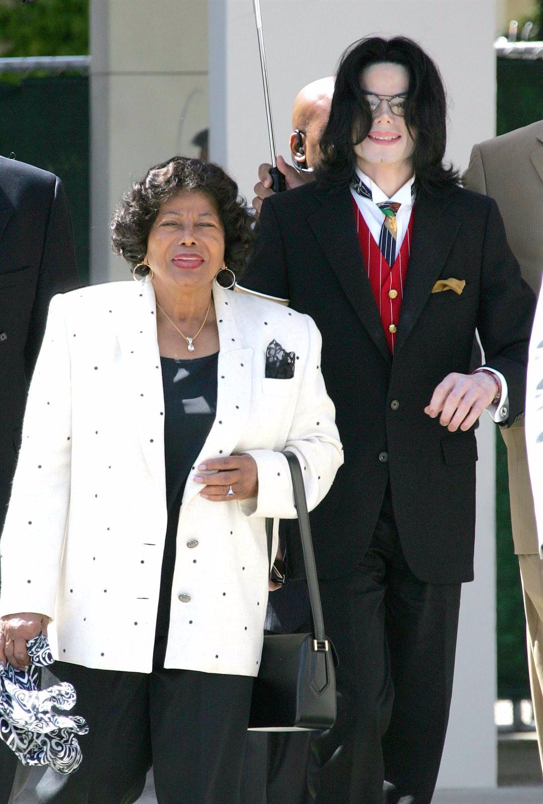 Michael Jackson y su madre Katherine Jackson