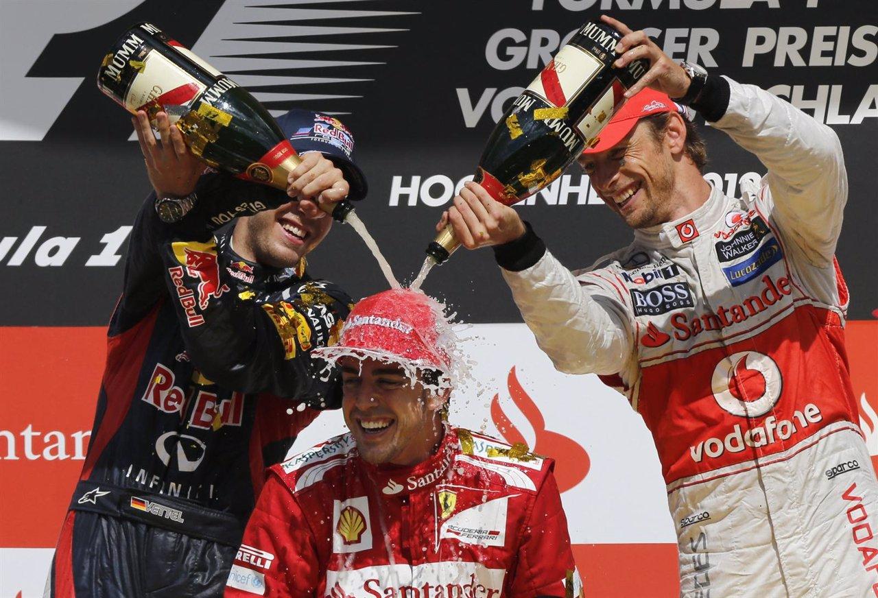 Fernando Alonso Sebastian Vettel Mark Webber podio