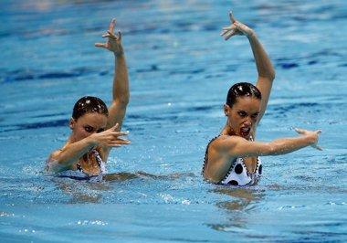 Foto: Mujer y agua, una combinación casi infalible para España (NACHO CASARES)
