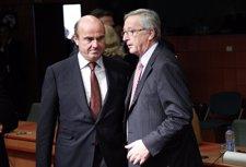 De Guindos y Juncker en Bruselas