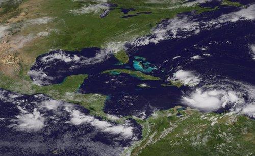 La tormenta tropical 'Isaac' se dirige a República Dominicana y Haití