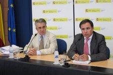 El presidente de la CHE, Xavier de Pedro, se reúne con los ecologistas