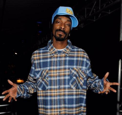 Snoop deja el 'Dogg' por el estilo 'reggae'