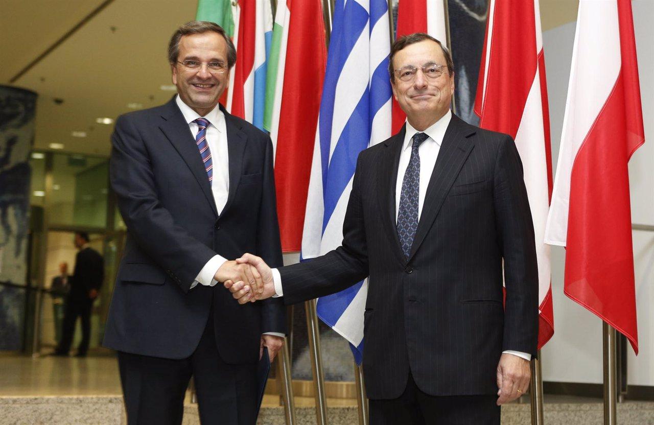 Antonis Samaras (Grecia) se reúne con el presidente del BCE, Mario Draghi