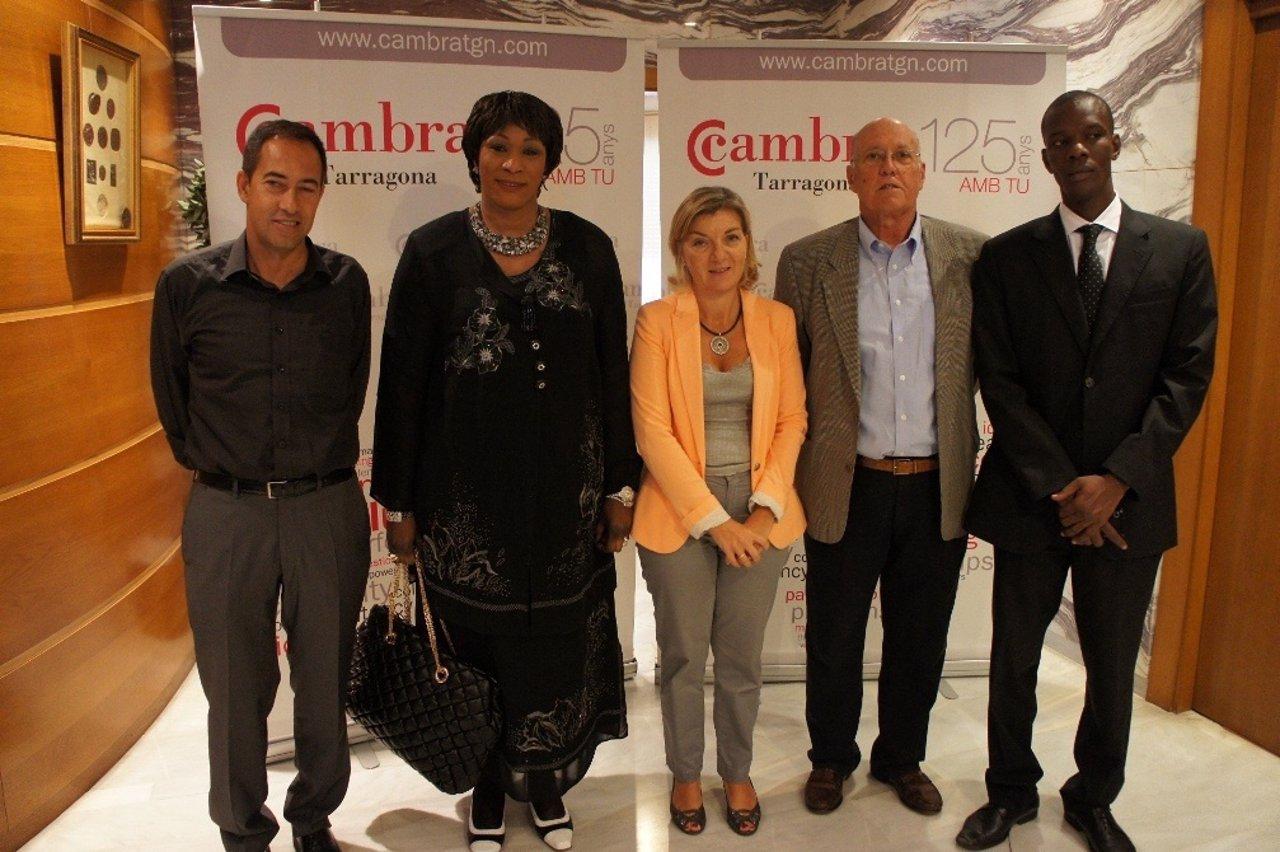 R.Barros (Cámara), A.Wane, M.De Pablo Y S.Vives (Cámara) Y B.Sow