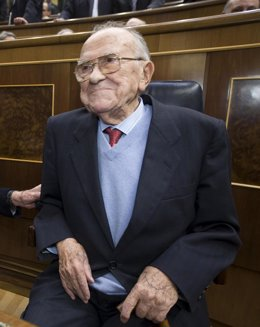 Santiago Carrillo en el Congreso