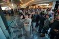 La Apple Store de Valladolid abre con colas y una plantilla de 65 empleados