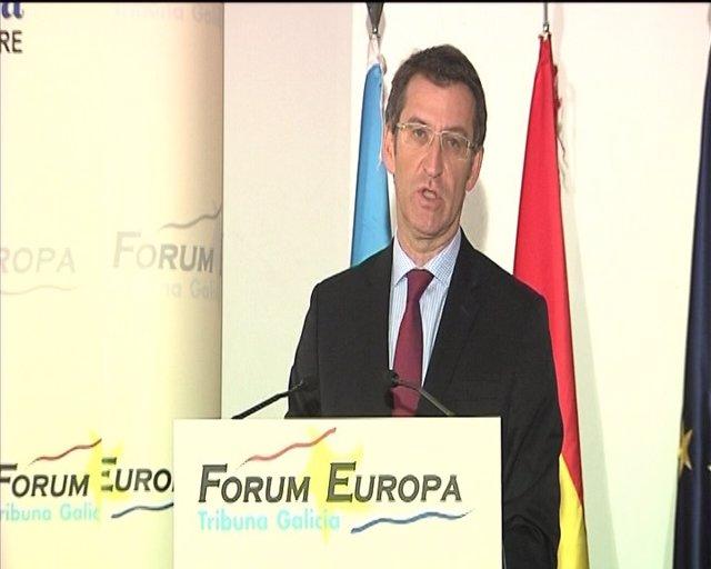 Feijóo dice que Compostela ya es una ciudad que coopera