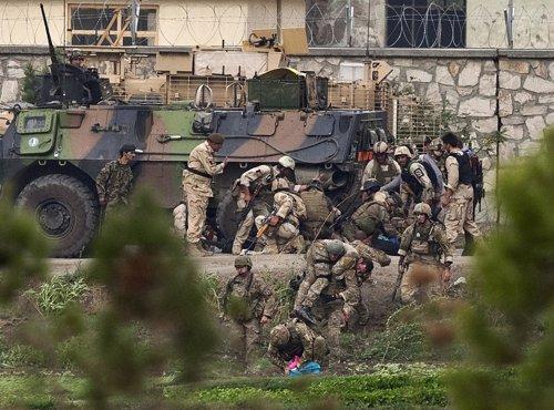 Operación De La OTAN En Afganistán Contra Los Talibán