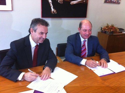 Firma Del Acuerdo Entre AIDO Y Tecnatom.