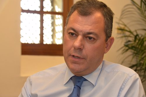 El secretario general del PP-A, José Luis Sanz, durante la entrevista