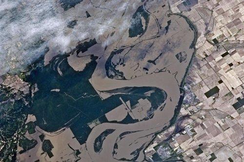 Alerta Máxima En Louisiana Por La Apertura Del Aliviadero Del Río Mississippi