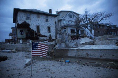 'Sandy' Deja 40 Muertos A Su Paso Por La Costa Este De EEUU