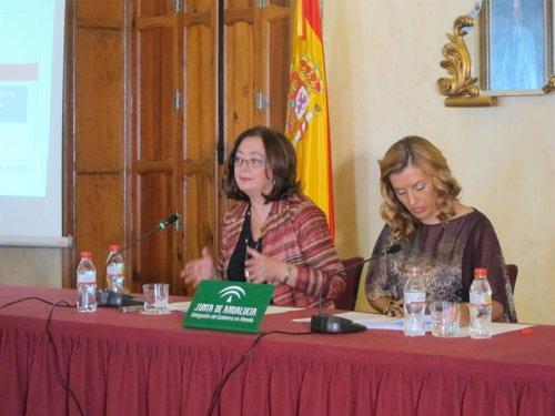 Moreno y Ferrer presentan los presupuestos andaluces 2013 en Almería