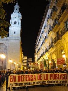Manifestación en Logroño en defensa de lo público