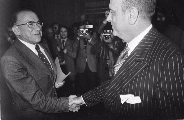 Carrillo y Fraga Conferencia Club Siglo XXI - Derechos reservados. Se autoriza el uso únicamente para la difusión del libro