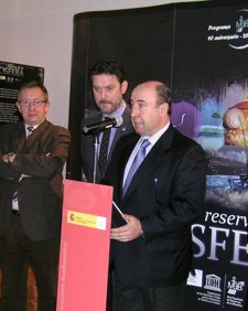Rada, durante la inauguración de la exposición.