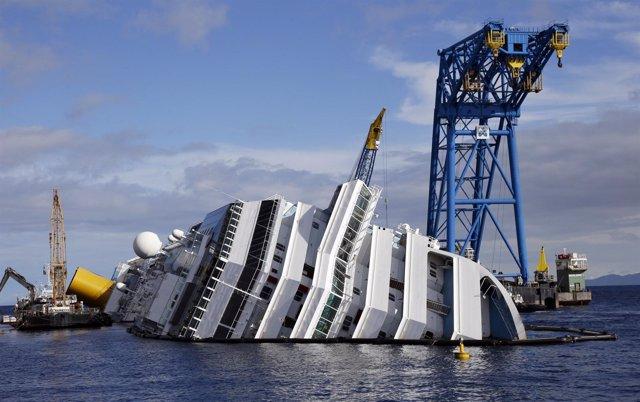 Las operaciones para la remoción del 'Costa Concordia'