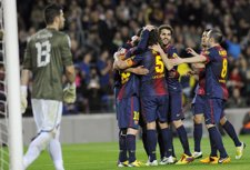 El FC Barcelona golea al Espanyol