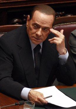 Silvio Berlusconi En Un Momento Dificil