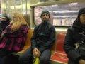 Sergey Brin, de paseo por el metro de Nueva York con Google Glass