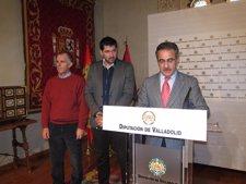 De derecha a izquierda, Alejandro García, José Ángel Delgado y Txus Landáburu.