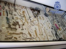 Algunas de las joyas intervenidas en la operación 'Azabache'