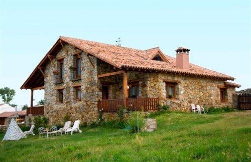 El precio medio de las casas rurales baja un 4 1 en 2013 con respecto al a o anterior - Casa rural para 2 ...