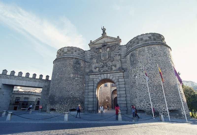 El alcalde de toledo no descarta convertir el eje plaza de - Puerta europa almeria ...