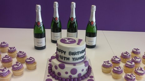 Yahoo cumple 18 años