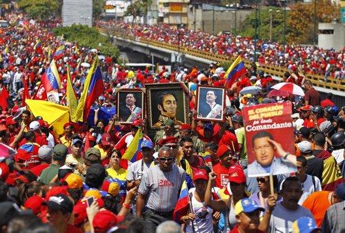 Venezuela con la Revolución