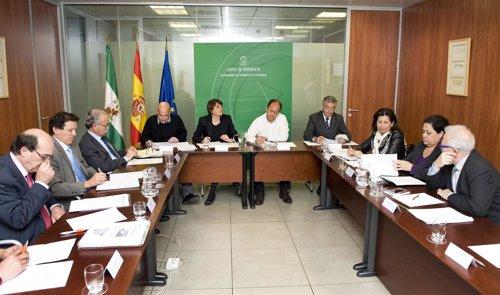 Reunión de la Consejería de Fomento y Vivienda y las autoridades portuarias.