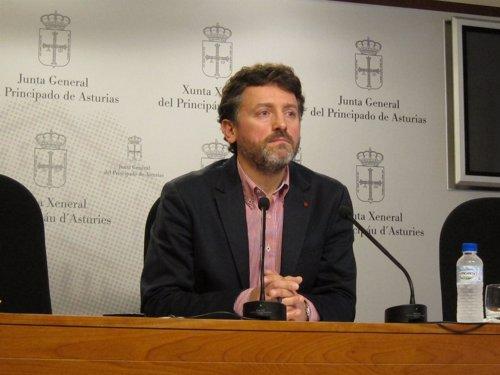 Matías Rodríguez Feito En Rueda De Prensa