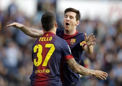 Messi y Tello festejan uno de los goles (vía EuropaPress)