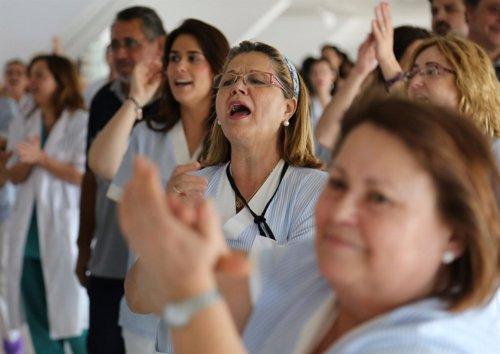 Mnaifestación de trabajadoras del servicio de limpieza en hospital La Arrixaca