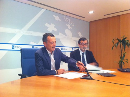 Agustín Hernández con Justo de Benito en la rueda de prensa