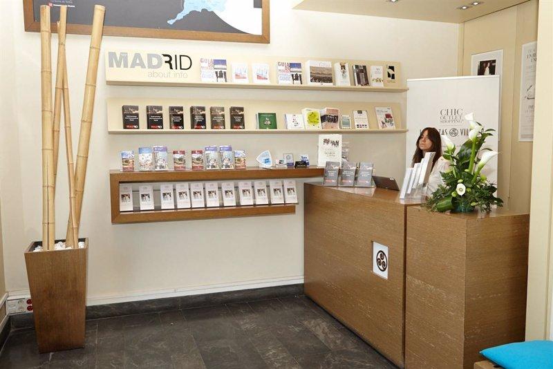Las rozas abre una oficina para promocionar el turismo de for Oficina de trafico malaga