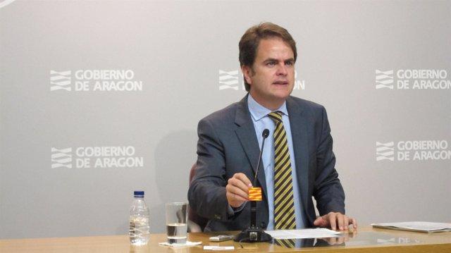 El portavoz del Gobierno de Aragón, Roberto Bermúdez de Castro