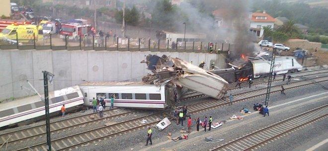 Foto: Ya son 78 muertos las víctimas del tren de Santiago, con 20 heridos en estado crítico (EUROPA PRESS)