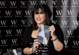 E.L. James, autora de 'Cincuenta sombras de Grey'