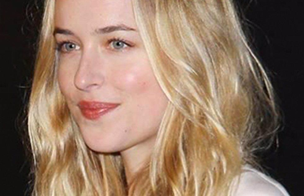 Dakota Johnson, hija de Melanie Griffith, será Anastasia en la película '50 somb