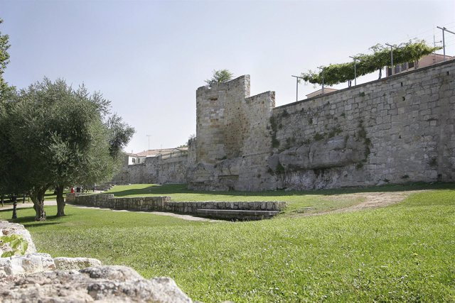 Zamora cierra el verano con un 7 m s de visitantes que en for Oficina de turismo de zamora
