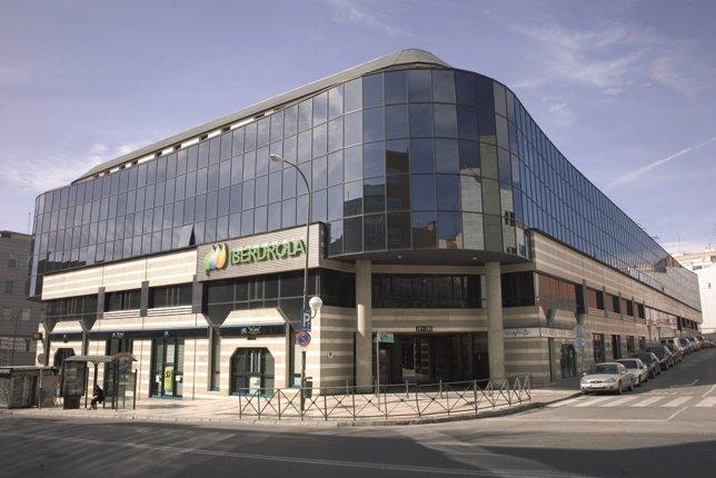 Iberdrola inmobiliaria alquila a arvato iberia un edificio de oficinas de metros cuadrados - Oficinas de iberia ...