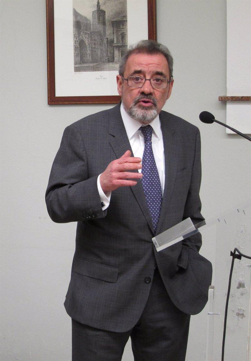 Cierval urge a despolitizar administraciones y que no for Oficinas unicaja cordoba