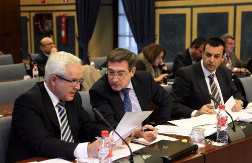 El diputado del PP-A Rafael Ruiz Canto, en una comisión parlamentaria