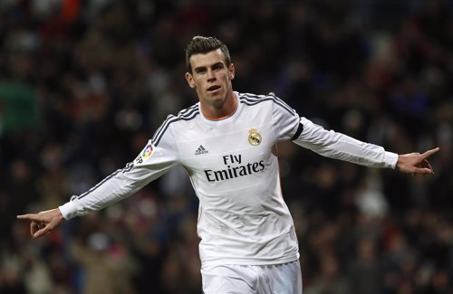 Gareth Bale celebra el 'hat.Trick' ante el Valladolid