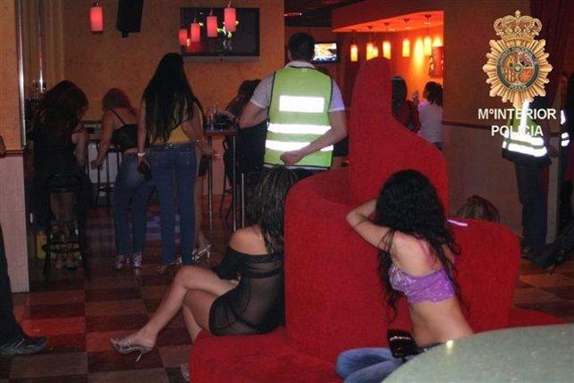 ... en los que trabajan sobre todo mujeres brasileñas y dominicanas