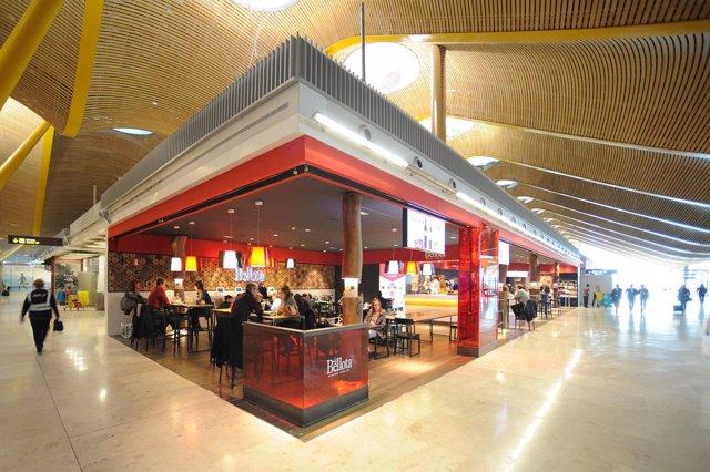 Reas inaugura en barajas 39 la bellota sabores ib ricos for Areas de un restaurante