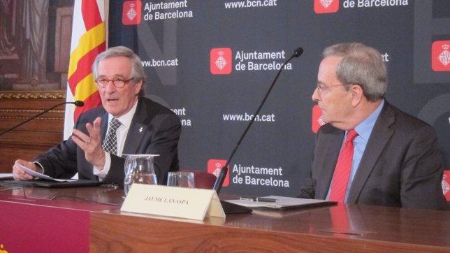 Xavier Trias y el director general de la Fundació La Caixa, Jaume Lanaspa